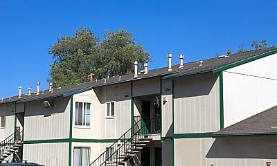 Pinewood Terrace, 2