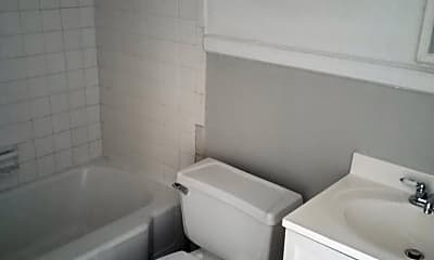 Bathroom, 3220 Cherokee Ave, 2