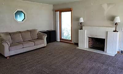 Living Room, 334 N 500 E, 1
