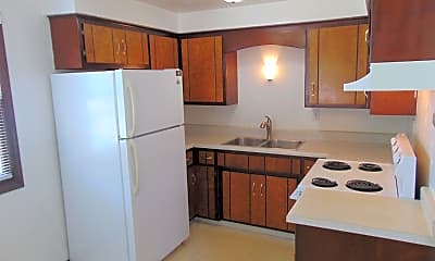 Kitchen, 2445 Woodale Ave, 1