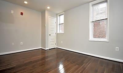 Bedroom, 201 E North Ave, 1