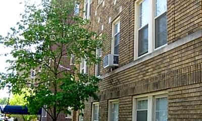 Building, 68-70 Park Avenue, 0