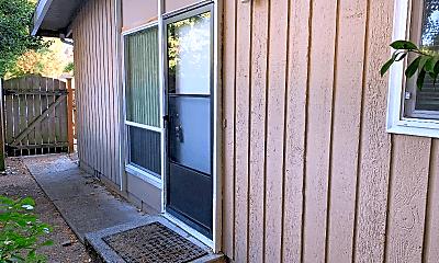 Patio / Deck, 104 NE Creek Way, 2