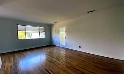 Living Room, 3138 S Barrington Ave J, 1