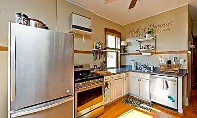 Kitchen, 3746 N Hermitage Ave, 0