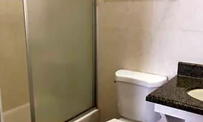 Bathroom, 114 Glenwood Ave, 2