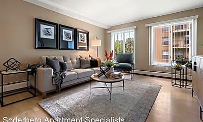 Living Room, 1015 2nd St NE, 1