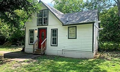 Building, 617 Burnet St, 1