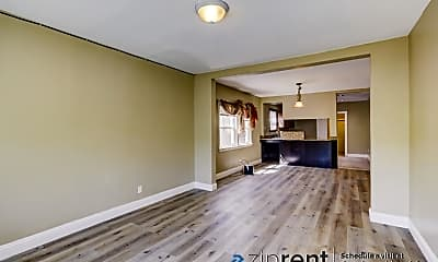 Living Room, 936 36Th St, A, 0