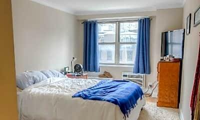 Bedroom, 107 N Moore St, 1