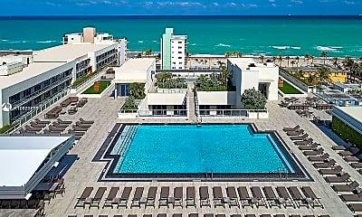 Pool, 777 N Ocean Dr S318, 2