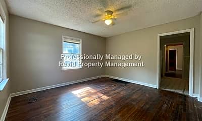 Living Room, 3725 Tutwiler Ave, 1
