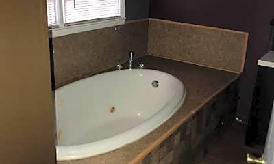 Bathroom, 3380 Warpath Rd, 2