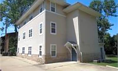 Building, 606 1/2 W Elm St, 0