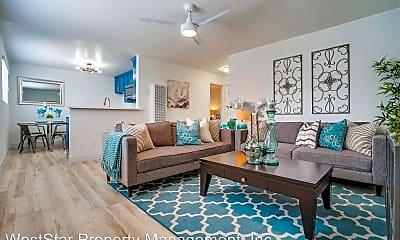 Living Room, 435 W 11th St, 0