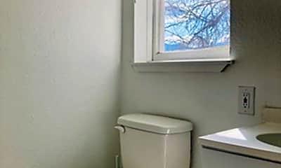 Bathroom, 618 N Weber St, 1