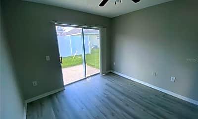 Living Room, 2417 Ashecroft Dr, 2