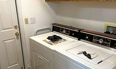 Kitchen, 3939 S Sallee Ct, 2