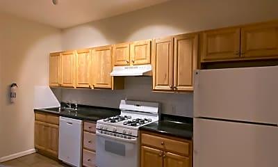 Kitchen, 275 Webster Ave 3, 1