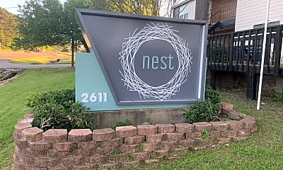 Community Signage, 2611 S SE Loop 323, 2
