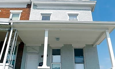Building, 456 Ilchester Ave, 0