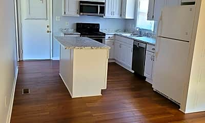 Kitchen, 5222 Foxfire Rd, 2