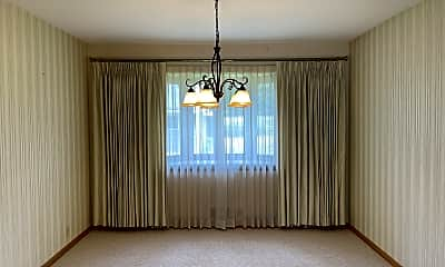 Living Room, 6335 Peacedale Avenue, 1
