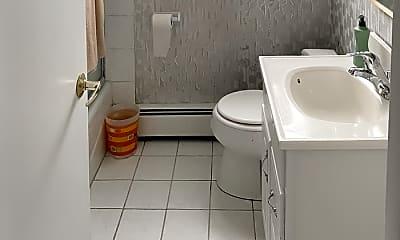 Bathroom, 1018 E Oak Ave, 2