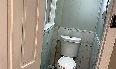 Bathroom, 4213 Louisiana Ave, 1