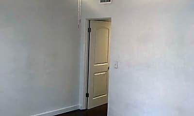 Bedroom, 2044 Long St, 1