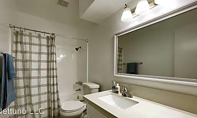 Bathroom, 16867 Kingsbury St, 2