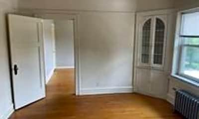 Living Room, 4522 W Burleigh St, 1
