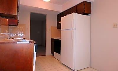 Kitchen, 920 W Texas Ave, 1