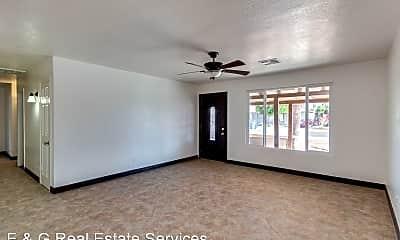 Living Room, 1320 W 6th St, 1