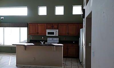 Kitchen, 5639 W Tonopah Dr, 1