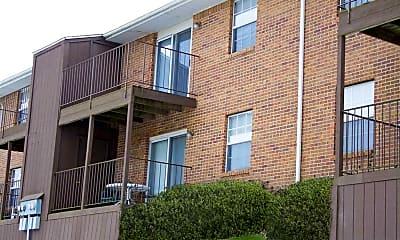 Hunters Ridge Apartments, 2