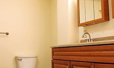 Bathroom, 252 North St, 2