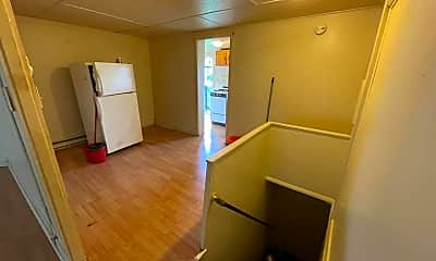 Living Room, 418 Black Ave, 2