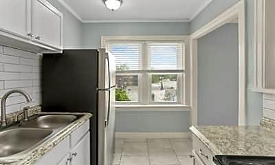 Kitchen, 720 W 37th St, 1