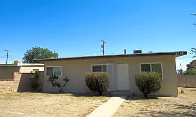 Building, 2092 Oak St, 0