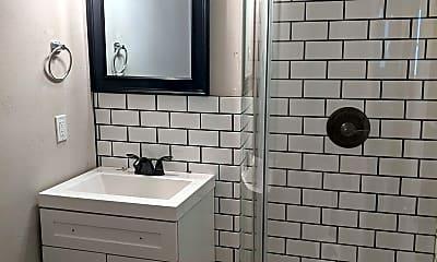 Bathroom, 1110 7th Ave N, 2