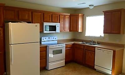 Kitchen, 15519 Trailside Ln, 2
