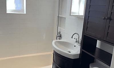 Bathroom, 105-25 65th Ave, 2