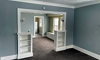 Bedroom, 4015 E 143rd St, 1