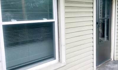 Patio / Deck, 3808 Mapledale Ave, 2