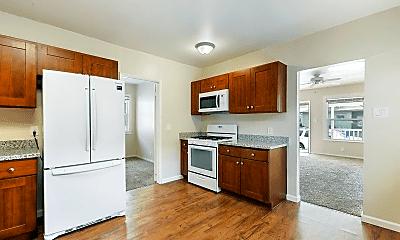Kitchen, 713 Mill St, 1