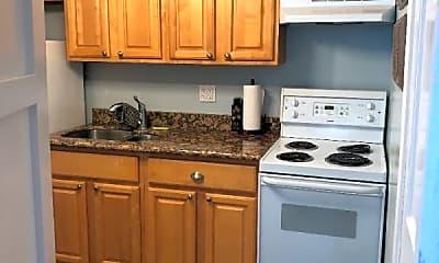 Kitchen, 400 Opelousas Ave, 2