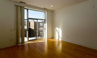 Living Room, 4732 N Kimball Ave, 2