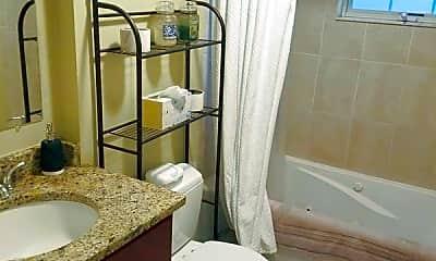 Bathroom, 55 Winthrop St, 1