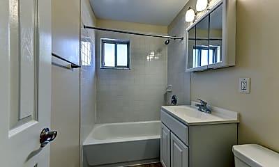 Bathroom, Pleasure Bay Apartments, 2